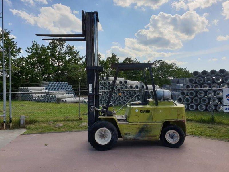 Frontstapler des Typs Clark C500 Y 80 lpg heftruck, Gebrauchtmaschine in Drachten (Bild 1)