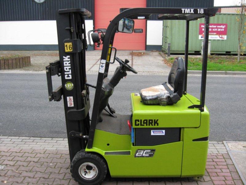 Frontstapler typu Clark elektro AC, Gebrauchtmaschine w Oldenzaal (Zdjęcie 1)
