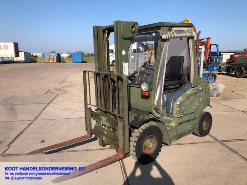 Frontstapler типа Jungheinrich DFG 25 1200 Hours! EX ARMY, Gebrauchtmaschine в Nieuwerkerk aan den IJssel (Фотография 1)