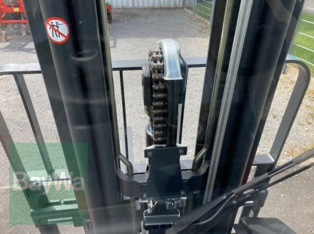 Frontstapler des Typs Linde H 30 D EVO 3B, Gebrauchtmaschine in Giebelstadt (Bild 7)