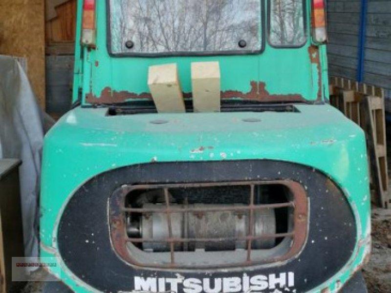 Frontstapler des Typs Mitsubishi FD 45, Gebrauchtmaschine in Tarsdorf (Bild 1)