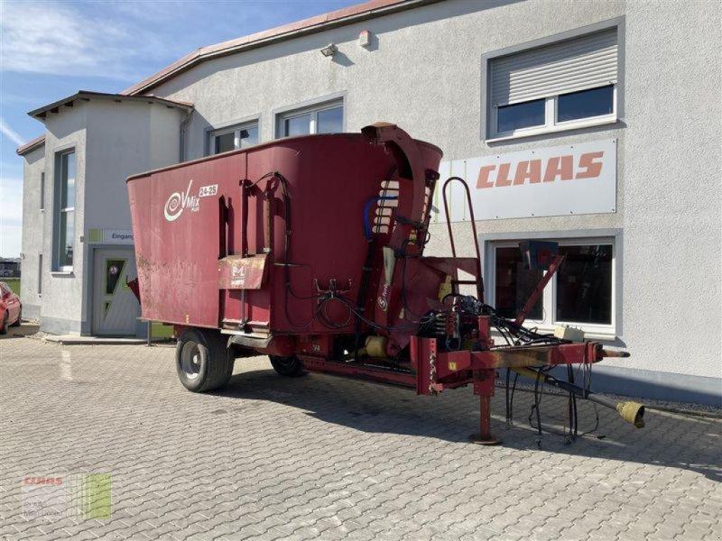 Futtermischwagen des Typs BVL V-MIX 24-2S BVL, Gebrauchtmaschine in Aurach (Bild 1)