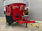 Futtermischwagen des Typs BVL V-Mix 8 in Neuhof - Dorfborn