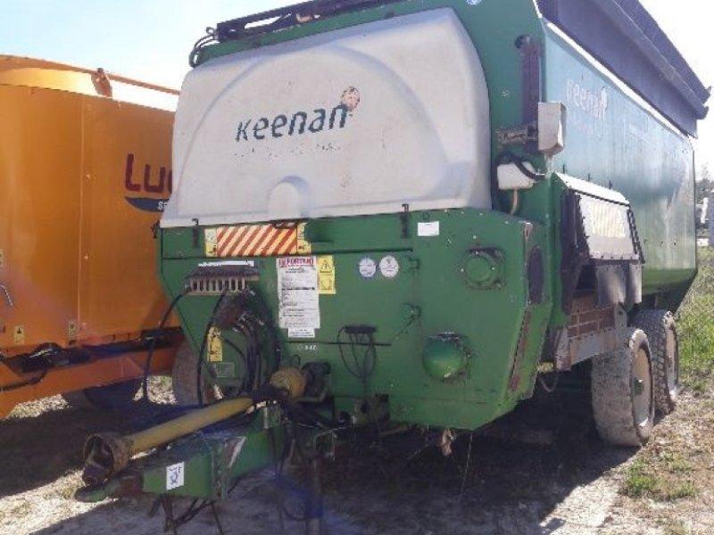 Futtermischwagen des Typs Keenan MECAFIBRE 360, Gebrauchtmaschine in POUSSAY (Bild 1)