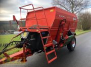 Kuhn EU1060 Mixer feeder wagon