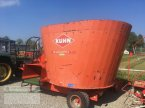 Futtermischwagen des Typs Kuhn EUI1180 in Kanzach