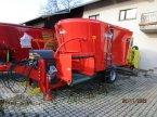 Futtermischwagen des Typs Kuhn Profile 15.2 CS in Soyen