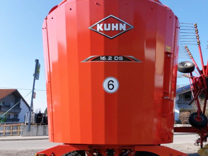 Futtermischwagen des Typs Kuhn Profile 16.2 DS, Neumaschine in Günzach (Bild 2)