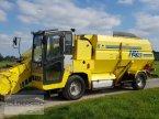 Futtermischwagen des Typs Sgariboldi MAV 2210 в Aitrang