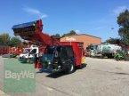 Futtermischwagen des Typs Siloking SF 13 in Landshut