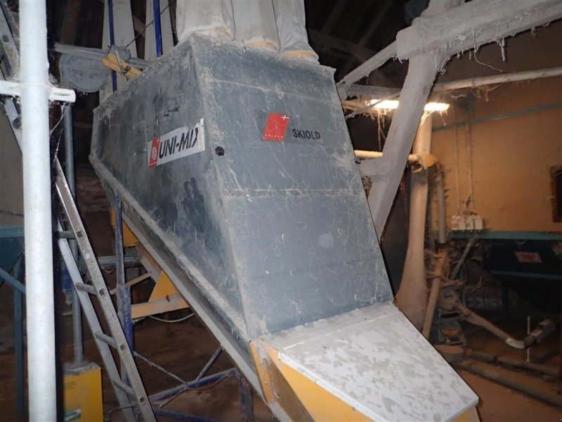 Futtermischwagen типа Skiold Unimix foderblander med slaglemølle, Gebrauchtmaschine в Egtved (Фотография 1)