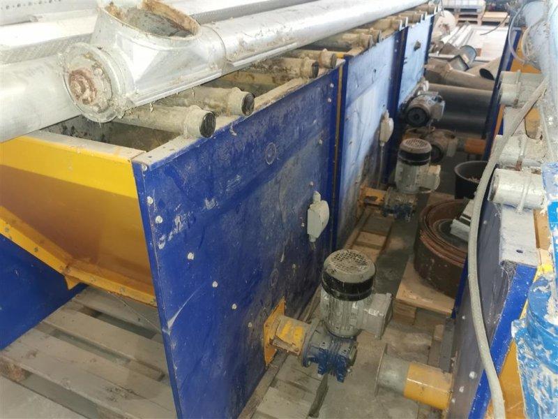 Futtermischwagen des Typs Sonstige Mineralpåslag 400 L. 4 stk, Gebrauchtmaschine in Egtved (Bild 1)