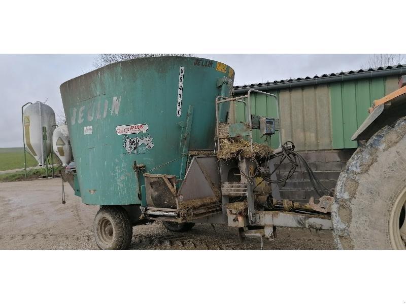Futtermischwagen des Typs Sonstige PRIMERA 12, Gebrauchtmaschine in Chauvoncourt (Bild 1)