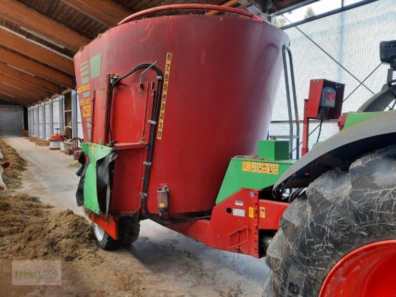 Futtermischwagen des Typs Strautmann Verti-Mix 1250, Gebrauchtmaschine in Neubeuern (Bild 1)