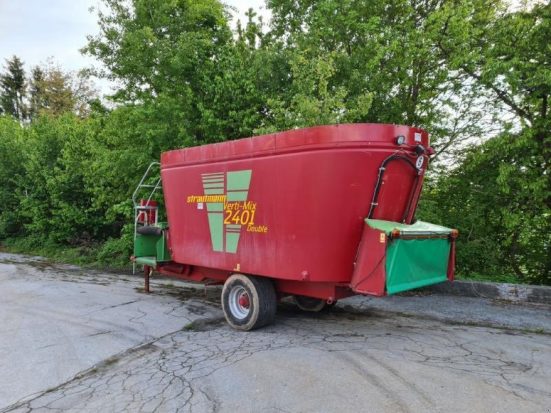 Futtermischwagen des Typs Strautmann Verti-Mix 2401 Double, Gebrauchtmaschine in Fürstenstein (Bild 1)