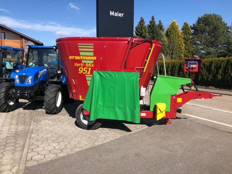 Futtermischwagen des Typs Strautmann Verti-Mix 951, Neumaschine in Rötz (Bild 1)
