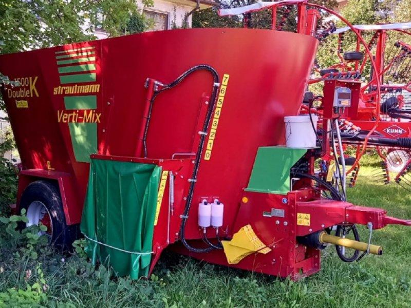 Futtermischwagen des Typs Strautmann Verti-Mix Double 1500 K, Neumaschine in Wangen (Bild 1)