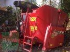 Futtermischwagen des Typs Trioliet Gigant 700 in Rinchnach