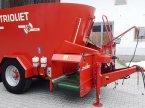 Futtermischwagen des Typs Trioliet Solomix 2-1000 in Furth im Wald
