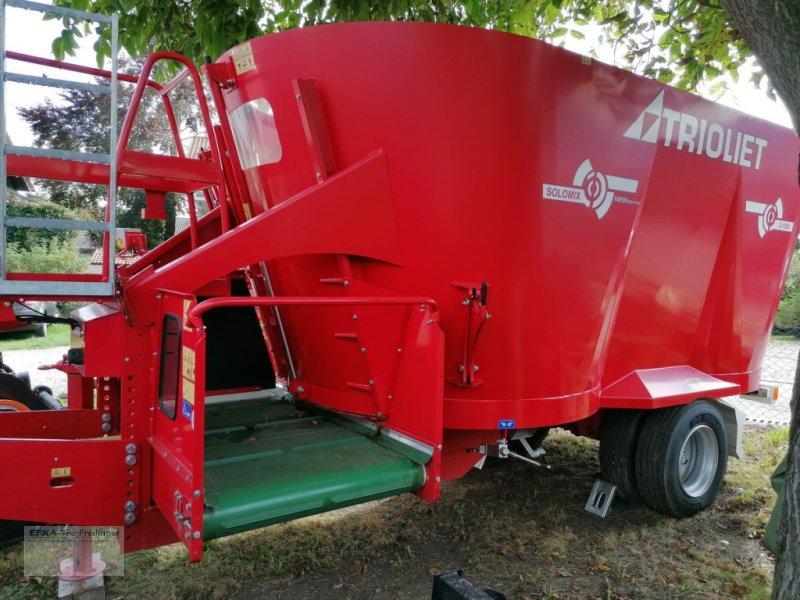 Futtermischwagen des Typs Trioliet Solomix 2-1500 VLH-B, Vorführmaschine in Obing (Bild 1)