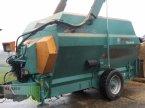 Futtermischwagen des Typs Walker Labrador 120 in Schlüsselfeld-Elsendorf