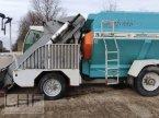 Futtermischwagen des Typs Walker Labrador 120 in Burg
