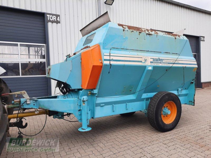 Futtermischwagen des Typs Walker Labrador 9m³, Gebrauchtmaschine in Lamstedt (Bild 1)