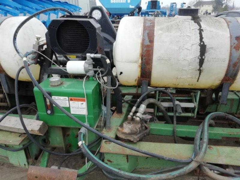 Gareeggenfelder типа John Deere 7200, Gebrauchtmaschine в Кропивницький (Фотография 1)