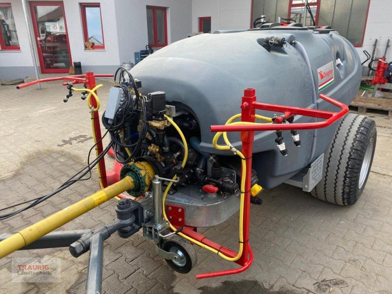 Gebläsespritze типа DRAGONE Sprayer 2000 ltr /zum Hopfenabspritzen, Neumaschine в Mainburg/Wambach (Фотография 1)