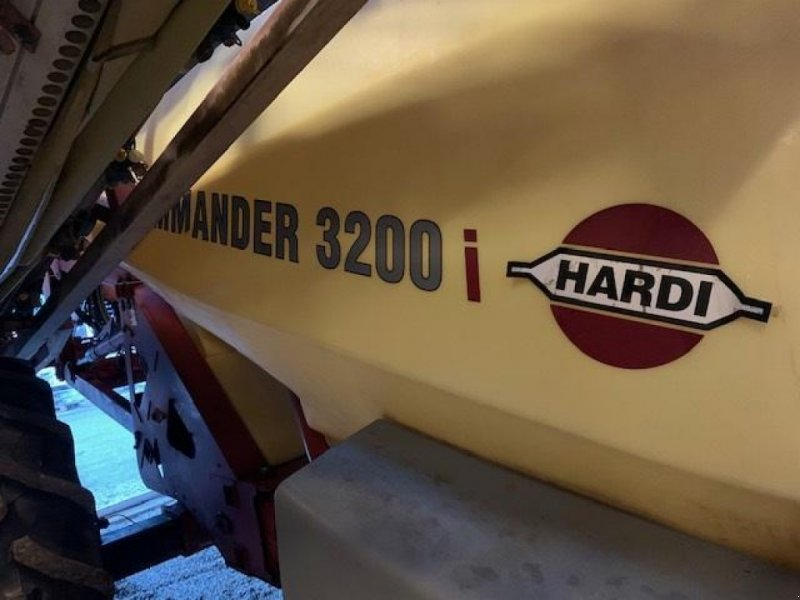 Gebläsespritze типа Hardi Commander 3200 i Twin sprøjte m/30 mtr,bom-syn til år 5/2022, Gebrauchtmaschine в Sakskøbing (Фотография 1)