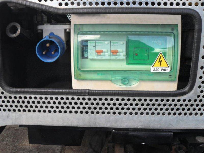 Gelenkteleskopbühne des Typs Oil & Steel Octopussy 1402 Classic, Gebrauchtmaschine in Obrigheim (Bild 15)