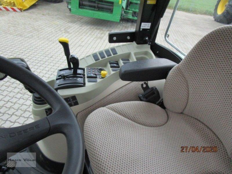 Geräteträger des Typs John Deere 3045 R, Gebrauchtmaschine in Soyen (Bild 11)