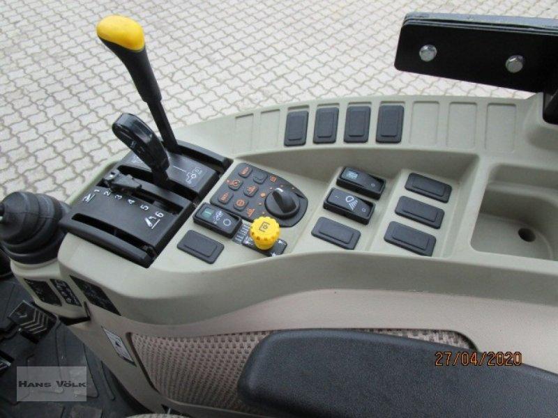 Geräteträger des Typs John Deere 3045 R, Gebrauchtmaschine in Soyen (Bild 12)