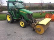 John Deere 3520 Equipment carrier