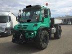 Geräteträger des Typs Mercedes-Benz Unimog U 529 Agrar in Heimstetten