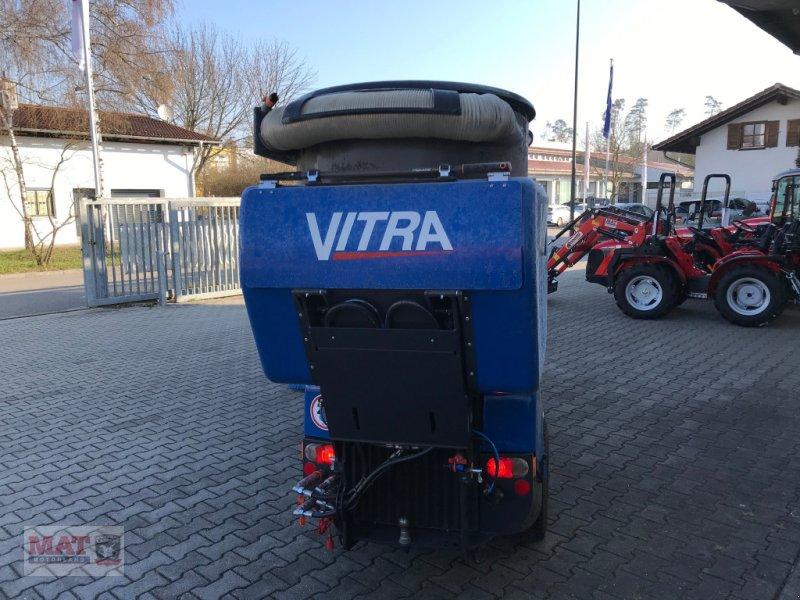 Geräteträger des Typs Vitra 2037 Kehrmaschine, Neumaschine in Waldkraiburg (Bild 5)