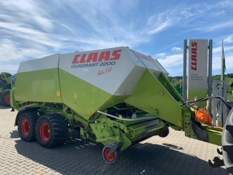 Großpackenpresse des Typs CLAAS QUADRANT 2200 RC Tandem, Gebrauchtmaschine in Bad Abbach (Bild 1)