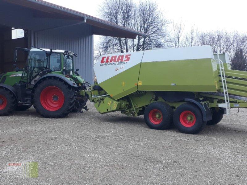 Großpackenpresse des Typs CLAAS Quadrant 2200 RC, Top Zustand, Gebrauchtmaschine in Vohburg (Bild 1)
