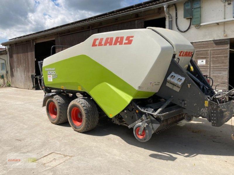 Großpackenpresse des Typs CLAAS Quadrant 3200 RC Tandem, Gebrauchtmaschine in Langenau (Bild 1)
