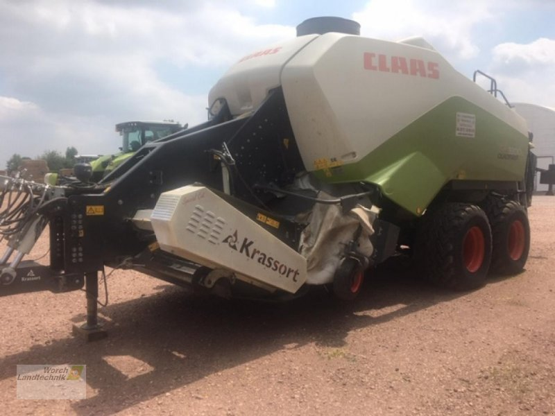 Фотография CLAAS Quadrant 3300 RC