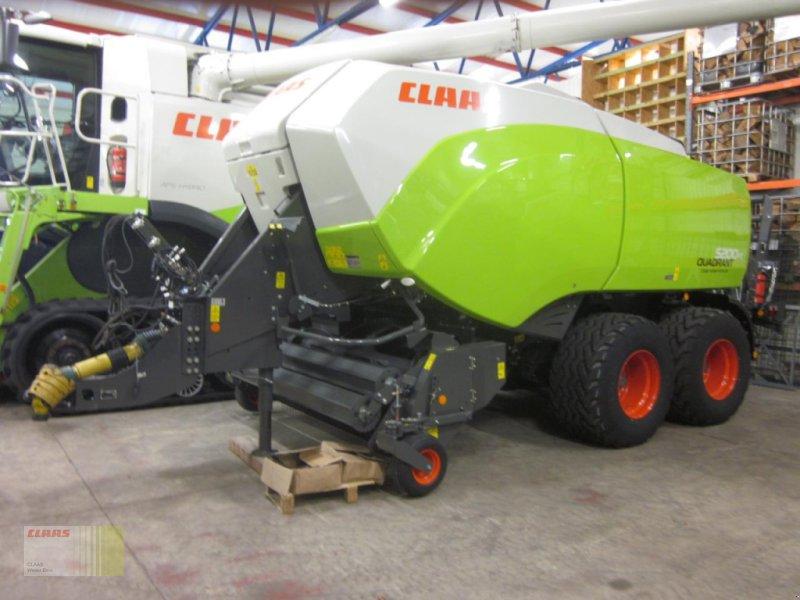 Großpackenpresse des Typs CLAAS QUADRANT 5200 FC FINE CUT 51 Messer, TANDEM, Feuchtesensor, Gebrauchtmaschine in Molbergen (Bild 1)
