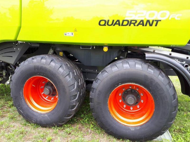 Großpackenpresse des Typs CLAAS QUADRANT 5200 FC TANDEM, Vorführmaschine in Töging a. Inn (Bild 12)
