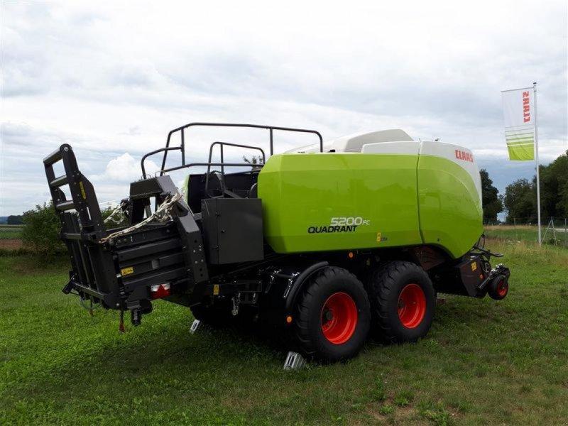 Großpackenpresse des Typs CLAAS QUADRANT 5200 FC TANDEM, Vorführmaschine in Töging a. Inn (Bild 2)
