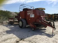 Hesston 4900 Med spragelsevogn på store hjul Großpackenpresse