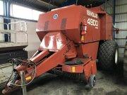 Hesston 4900 Großpackenpresse