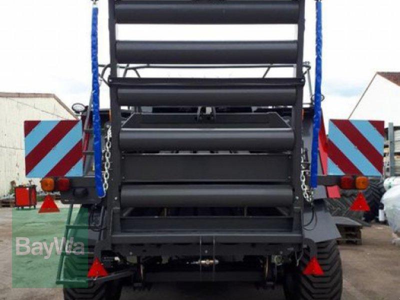 Großpackenpresse des Typs Massey Ferguson 2260 TC, Vorführmaschine in Oettingen (Bild 7)
