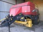 Großpackenpresse des Typs New Holland BB960A в ENNEZAT