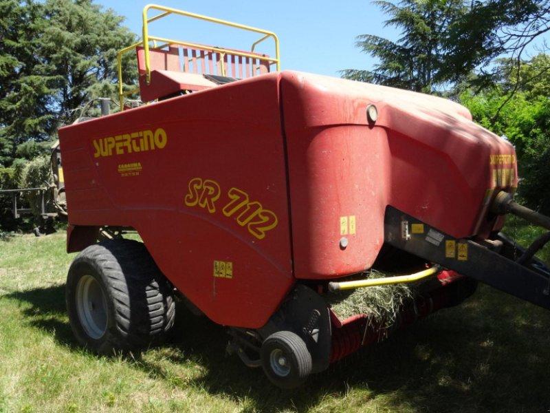 Großpackenpresse типа Supertino SR 712, Gebrauchtmaschine в CALMONT (Фотография 1)