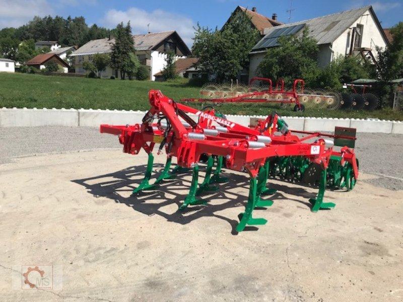 Grubber des Typs Agro-Masz Runner 30, Neumaschine in Tiefenbach (Bild 1)