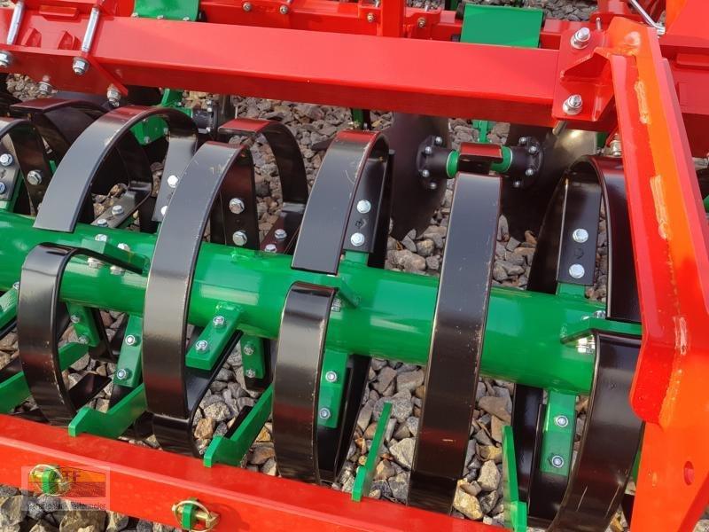 Grubber des Typs Agro-Masz RUNNER 40H, Neumaschine in Teublitz (Bild 12)